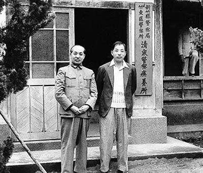 张学良被幽禁54年,吃喝嫖赌是常事,晚年公开活到101岁的秘密